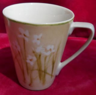 222 FIFTH NARCISSUS CHERI BLUM COFFEE MUG S CUP S 12 OZ WHITE FLOWERS