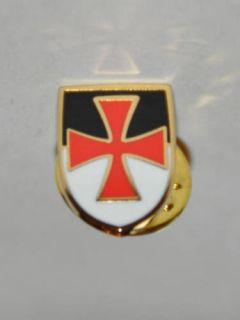 Masonic Knights Templar Cross Beausant Shield Lapel Pin