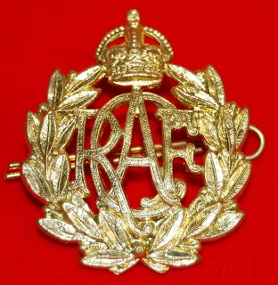 Royal Canadian Air Force WW2 brass cap badge