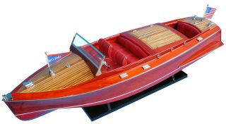 Chris Craft Runabout 32   Wooden Model Boat NEW