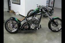 Custom Built Motorcycles  Chopper WEST COAST CHOPPER 2UP CFL NEW