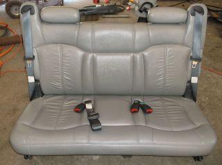00 06 CHEVROLET SUBURBAN , GMC YUKON XL , ESCALADE 3rd ROW SEAT GREY