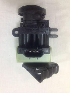 OEM NEW 1990 2003 Ford Ranger, F 150 Vacuum Control Solenoid   Locking