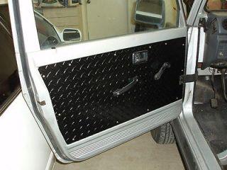 SUZUKI SAMURAI BLACK FRONT DOOR PANELS (SET OF 2)