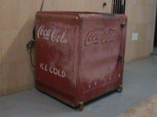 Antique Coke Coca Cola (Coca Cola) Floor Ice Box Cooler Bottle Vintage