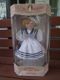 COLLECTIBLE MEMORIES GENUINE PORCELAIN DOLL ALLISON + ORIGINAL BOX
