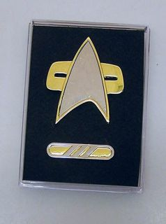 Voyager/DS9 Communicator Pin & Maquis Commander Rank Pin (3 Bar) Set