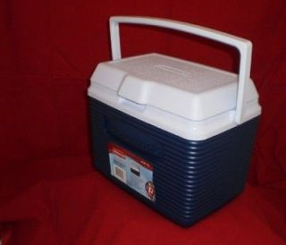 RUBBERMAID 2A11 04 10 QUART VICTORY COOLER ICE CHEST MODERN BLUE NEW
