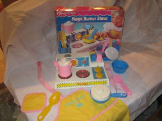 Fisher Price Fun with Food Magic Burner Stove Box 2122 Set Pink