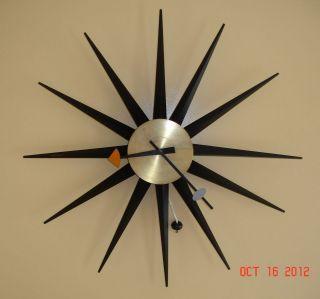 VINTAGE 30 HOWARD MILLER TEAK SPIKE SUNBURST / STARBURST WALL CLOCK