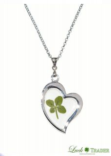 real four leaf clover in Jewelry & Watches