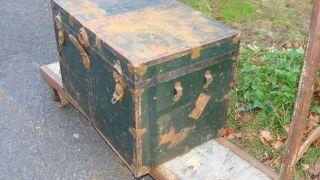 Vintage Green Metal Military Storage Trunk 28 x 20 x 18