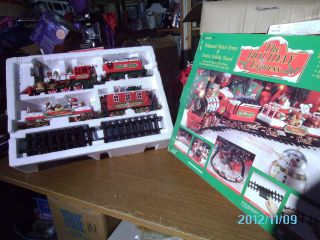 New Bright HOLIDAY EXPRESS ANIMATED TRAIN SET G SCALE In Box