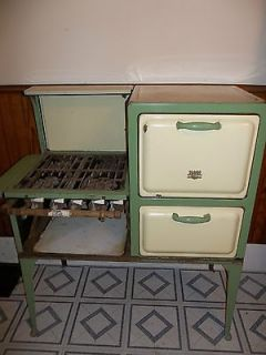 Early 1900s VINTAGE CLARK JEWEL GAS STOVE
