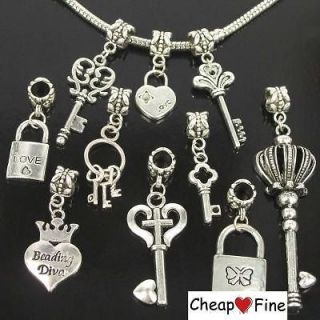 Wholesale lots 30pcs Tibetan Silver KEY & LOCK LOVE DANGLE Charms