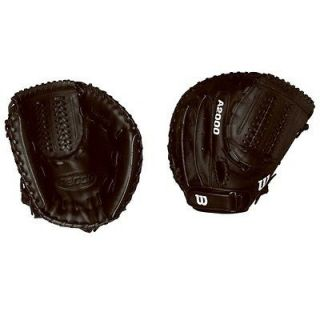 wilson a2000 catchers mitt in Gloves & Mitts