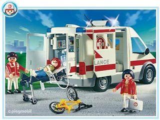 PLAYMOBIL === Hospital 4221: Ambulance === NEW