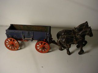 Vintage Arcade McCormick Deering Cast Iron Horse Drawn Wagon