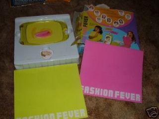 BARBIE Doll FASHION FEVER GAME Fever Girls DRESS UP