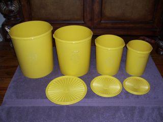 Tupperware Canister Set 7 Piece Seals Lids Yellow Kitchen Retro GUC