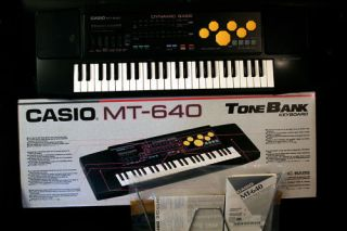 Rare Vintage CASIO MT 640 KEYBOARD ELECTRONIC PIANO NEW