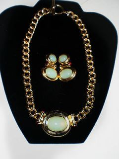 elizabeth taylor jewelry in Vintage & Antique Jewelry