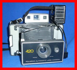 EXCELLENT +flash VTG POLAROID 420 LAND CAMERA
