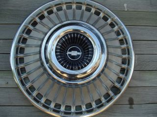 CHEVROLET CHEVY BELAIR IMPALA HUBCAP WHEEL COVER VINTAGE CENTER CAP