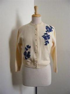 Vintage 60s MRS. FRANK CHAN Ivory Wool BLUE BEADED FLOWER Cardigan