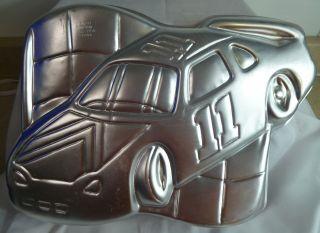 WILTON NASCAR #11 RACE CAR CAKE PAN TIN 2105 1350
