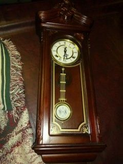 VINTAGE 31 DAY CHIME KEY WIND WALL CLOCK MADE IN KOREA PENDULUM KEEPS
