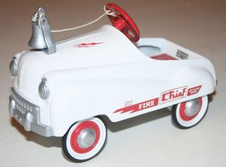 Hallmark Kiddie Car Classics Murray Fire Chief Pedal Car Diecast