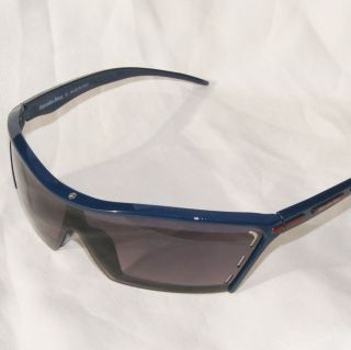 mercedes benz sunglasses in Clothing,