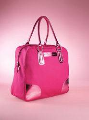 victoria secret travel bags in Clothing,
