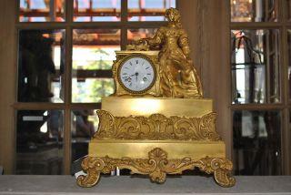 antique clock 1800 in Shelf, Mantel