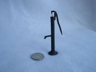 Miniature Water Well Hand Pump Yard Ornament Watering Cast Iron