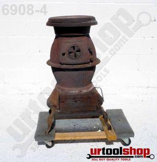 Vintage W. H. Landere Co. No. 12 Pot Belly Stove