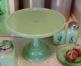 JADITE Green Milk Glass PEDESTAL CAKE BAKERS PLATE STAND PEDESTAL