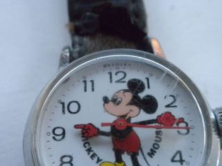 VINTAGE BRADLEY MICKEY MOUSE WATCH WIND UP NOT RUNNING