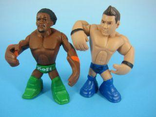 WWE Wrestling Rumblers Figure Kofi Kingston Green Outfit&EVAN BOURNE