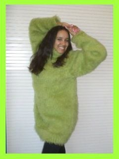 LIGHT GREEN *SOFT AND FLUFFY* HAND MADE MOHAIR & ANGORA SWEATER UNISEX