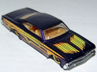 Hot Wheels 65 Impala Lowrider Chevrolet   Tan Interior Gold LWs