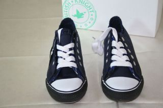 NIB British Knights DEMARCO Children NAVY with blue squares U.S 12.5
