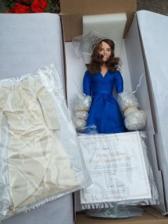 ASTON DRAKE Kate Middleton Engagement Porcelain Doll With 2ND Portrait