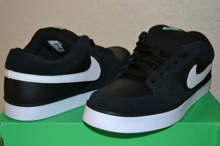 Nike Air Avid Skateboarding Shoes Black White Suede Leather 6.0 Low