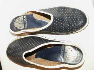 DALA CLOGS made in SWEDEN NAVY BLUE SWISS DOT LEATHER SHOES sz 6
