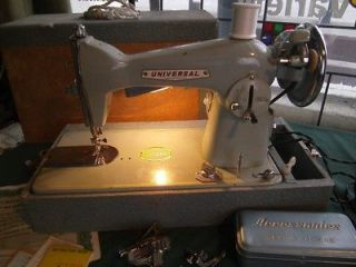 VTG UNIVERSAL DELUXE PRECISION SEWING MACHINE WITH CASE & ACCESSORIES