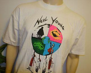 RaRe *1993 NEIL YOUNG* vintage rock concert tour t shirt (L) 80s 90s