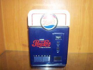 RARE** Pepsi Cola Vending Machine Mini AM / FM Radio