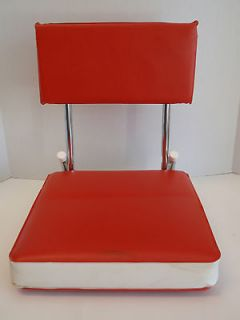 Red White Vinyl Chrome Collapsible Stadium Seat Travel Chair Carry KR